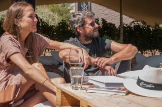 Matias Lammens junto a su mujer en el almuerzo en la Finca Agrelo de Escorihuela Gascón