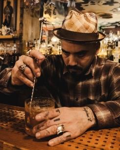 Tiki Bar - Juan Roda