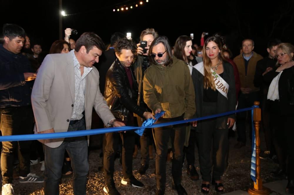 Inauguración muestra Babasónicos