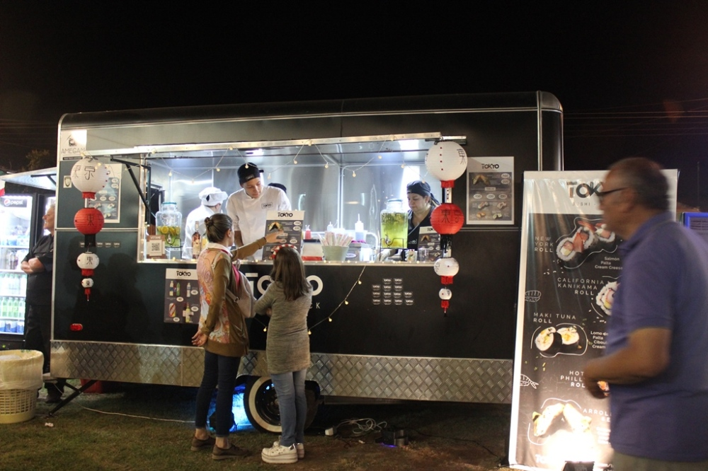 Festival de Food Trucks en Luján Playa